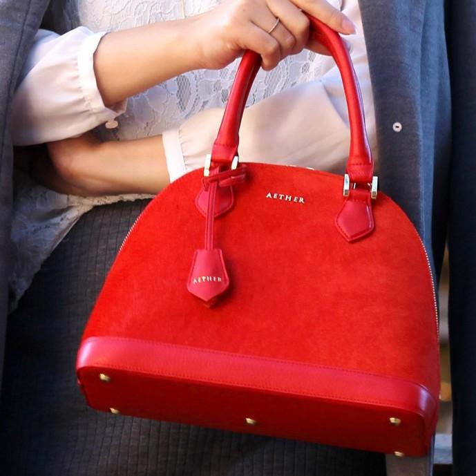 ホワイトデーのお返しにエーテル(ルージュ・ド・クール)のバッグのプレゼント