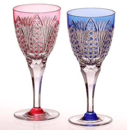 ワイングラスのプレゼントにカガミクリスタルの江戸切子