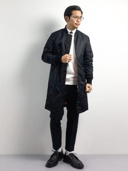 ロング丈のミリタリージャケット