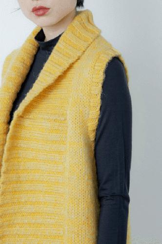 手編みニット 袖なしカーディガン
