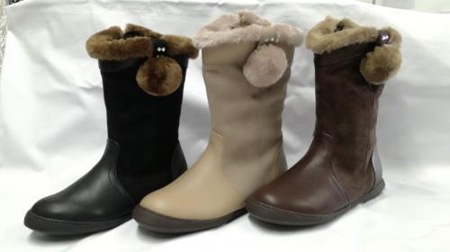 【女児ボア付ブーツ】 Size20.0~24.0 黒・茶・ベージュ