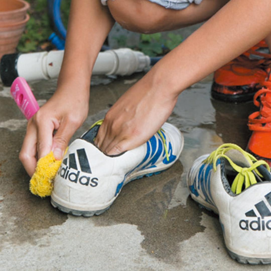サカママをもっと楽しむための5つの秘訣③サッカーに関することはすべて息子にさせる!