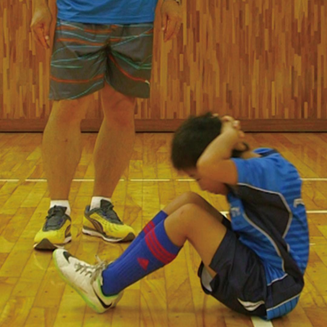 簡単メニューで基礎トレーニング!「正しい腹筋運動を学ぼう」