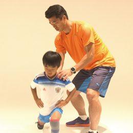 股関節の可動域を広げるトレーニング「縦ランジ」