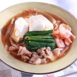 サカママレシピ ―マイルドなキムチ・チゲ―