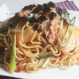 サカママレシピ ―疲労回復☆豚キム焼きそば―