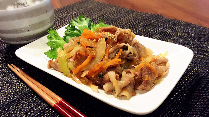 サカママレシピ ―リンゴたっぷり豚生姜焼き―