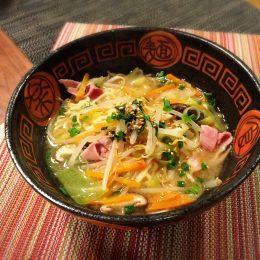 サカママレシピ ―たっぷり野菜の豚汁風みそラーメン―