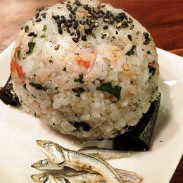 サカママレシピ ―煮干たっぷりカルシウムおにぎり―