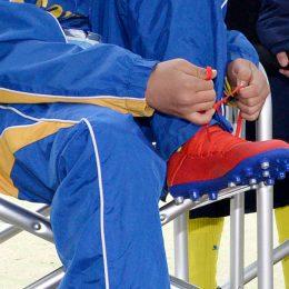 サッカーシューズのひもがほどけない、簡単な結び方