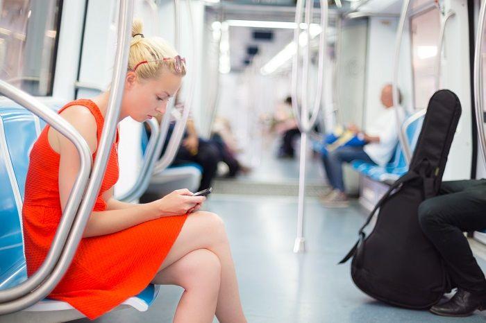 地下鉄でも通信できる?