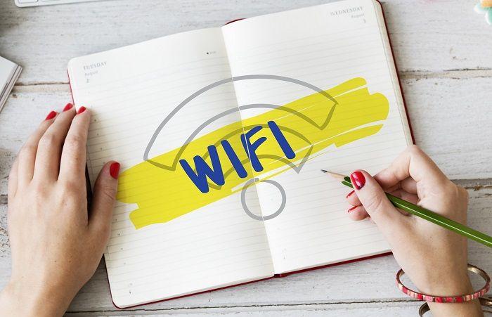 Wi-Fiはどちらを選ぶべき?