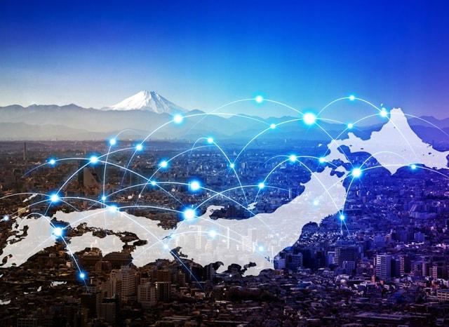 日本列島に飛び交うネット回線のイメージ