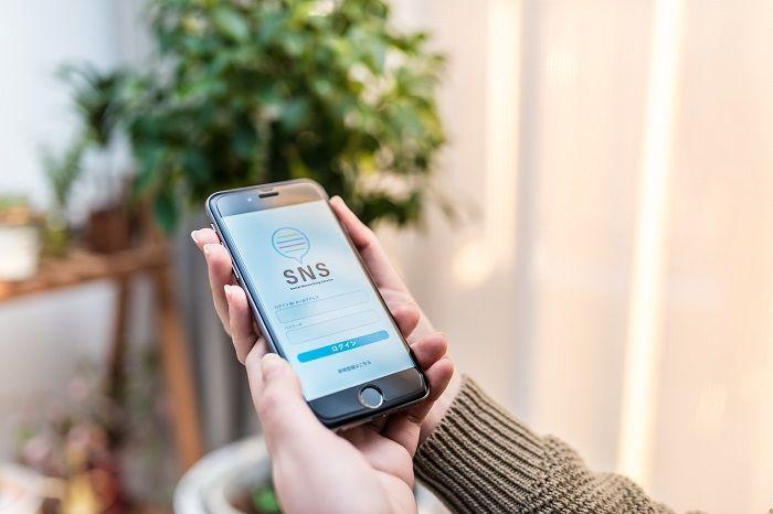 iPhoneのブラウザでSNSを利用して格安SIMのデータ通信量を節約