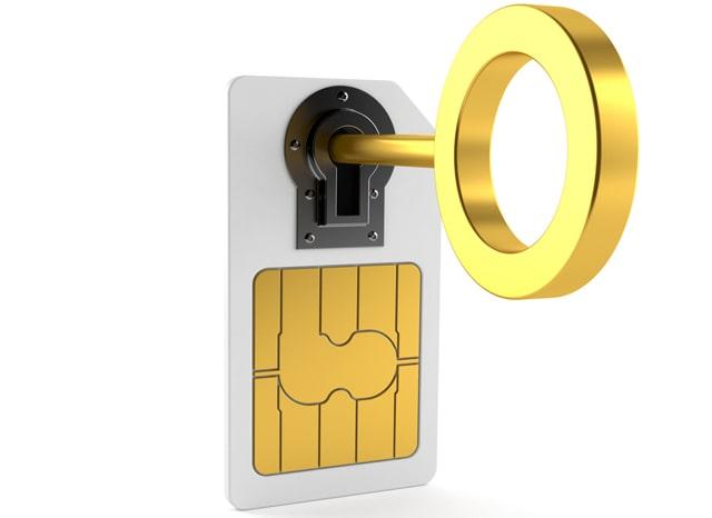 SIMカードのロックを解除する様子