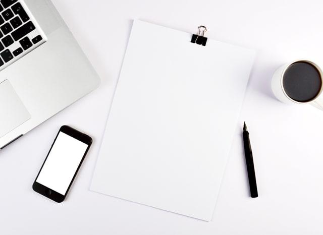 スマホをとパソコンとメモ用紙