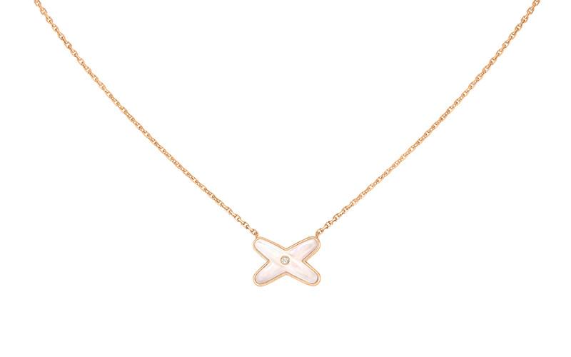 「リアン・ドゥ・ショーメ」 ジュ・ドゥ・リアン ペンダント(PG×ダイヤモンド×マザーオブパール)¥130,000