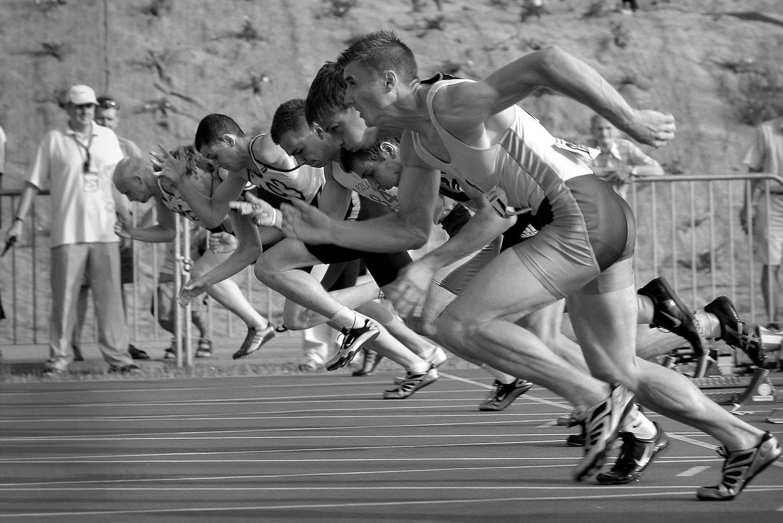 フィジカルを強化するための体幹トレーニング4選