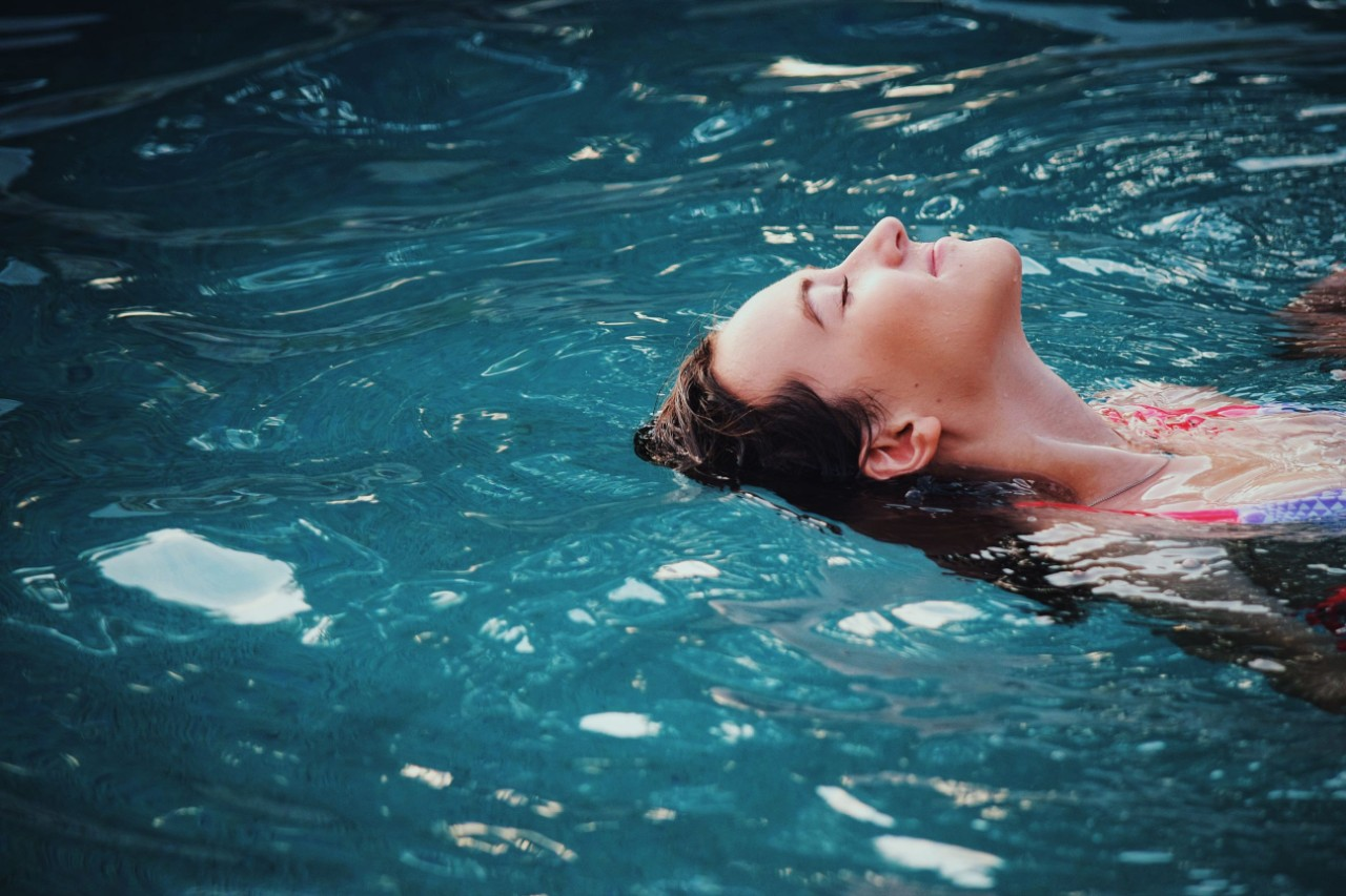 Eyecatch fascinating facts about swimming for poor swimmers