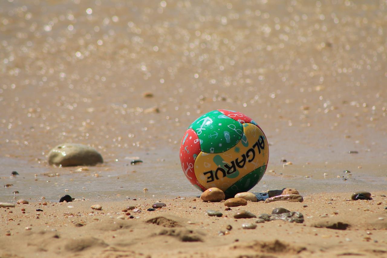 Sports spoit eyecatch beach football rule