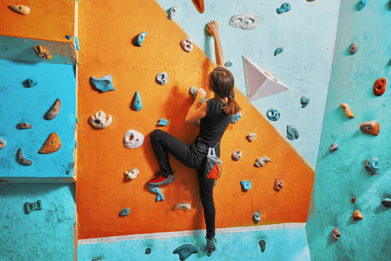 Sports spoit eyecatch bouldering woman