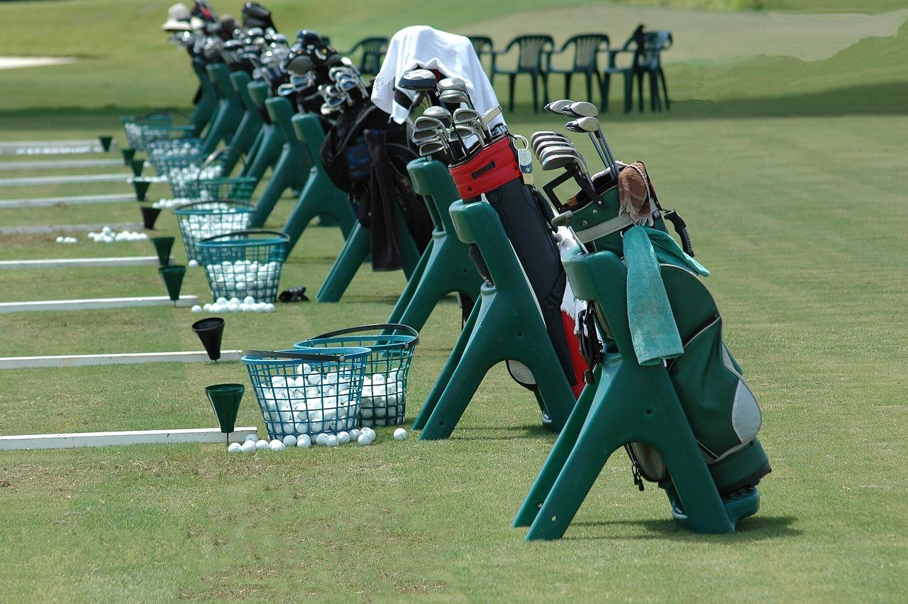 Sports spoit eyecatch golf necessities woman rule