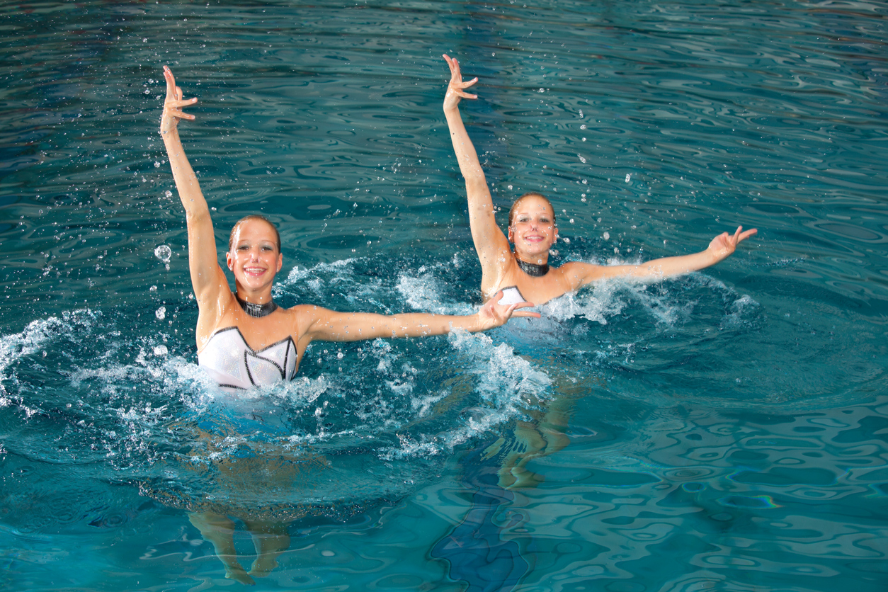 Sports spoit eyecatch synchronized swimming