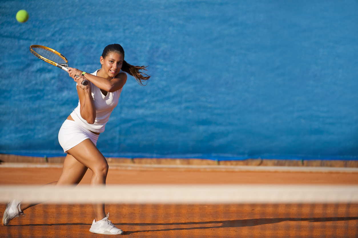 Sports spoit eyecatch tennis hair arrange