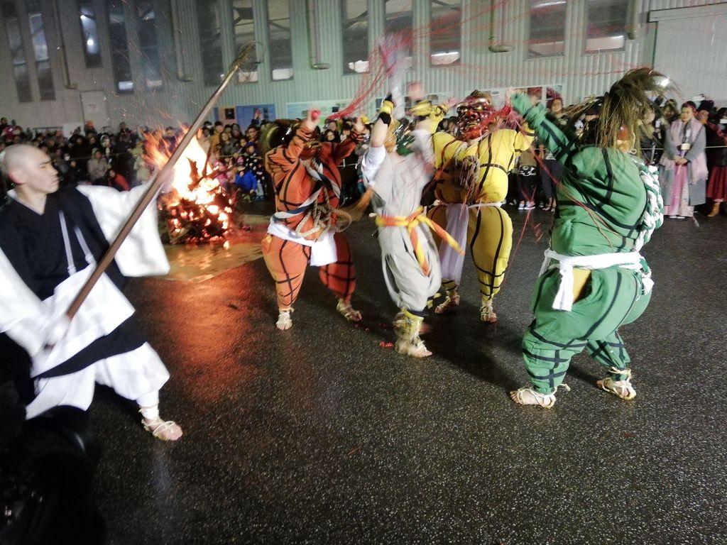 比叡山延暦寺の鬼追い式:伝統芸能づくしの新春オニオニパニック弾丸ツアー(12月31日篇 その1)
