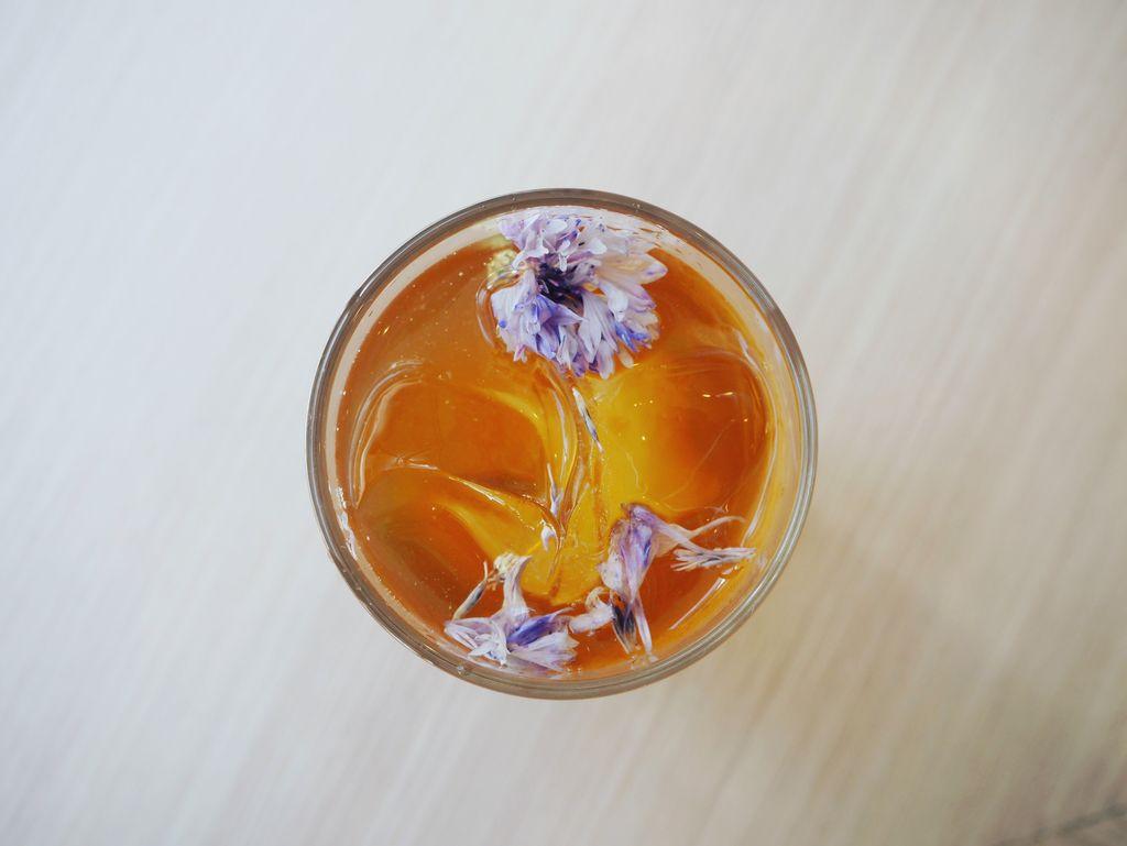 ぽちゃん(あなたもコーヒーの池におちる)