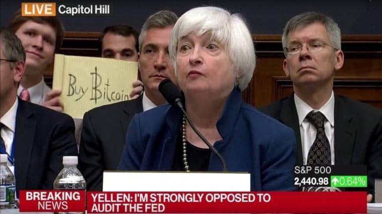 Bitcoin Sign Guy は実在していた