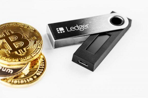 Ledger nano Sを意外なところで安く買う方法 おまけ:限定版ledgerたち