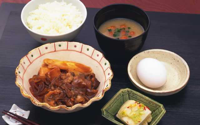 「食べる」より「創る」を楽しむ飯マンガ『ホクサイと飯さえあれば』