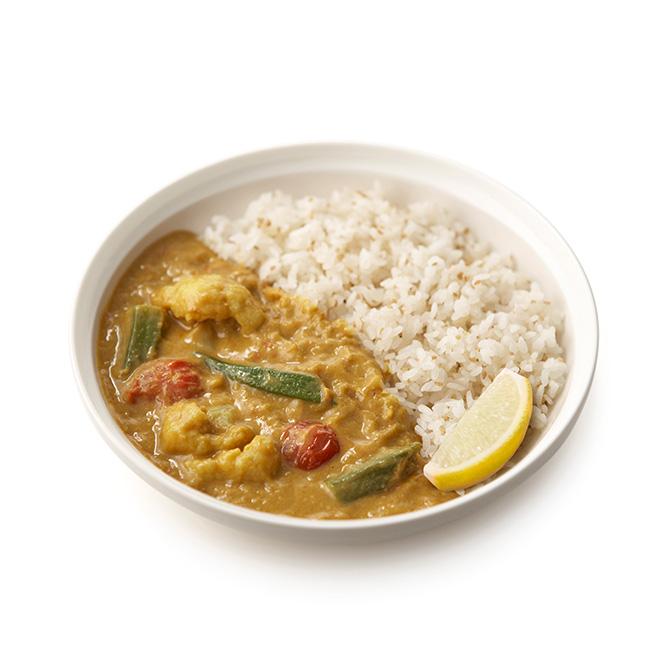 野菜とココナッツのアジアンカレー