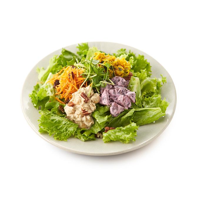 4種のデリのベジタリアンサラダ
