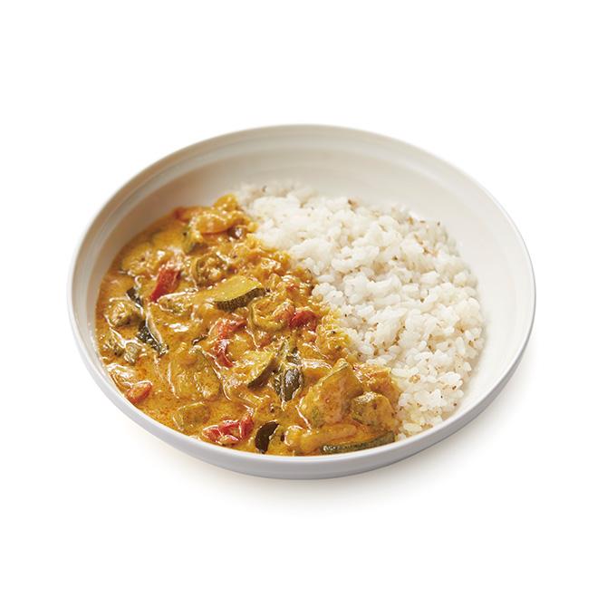 野菜のアヴィヤル(南インド風ヨーグルトの野菜カレー)