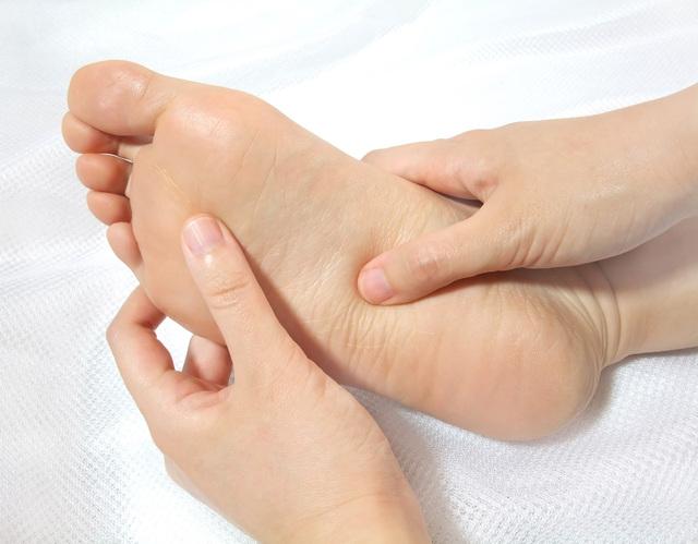 「手と足の裏」の画像検索結果