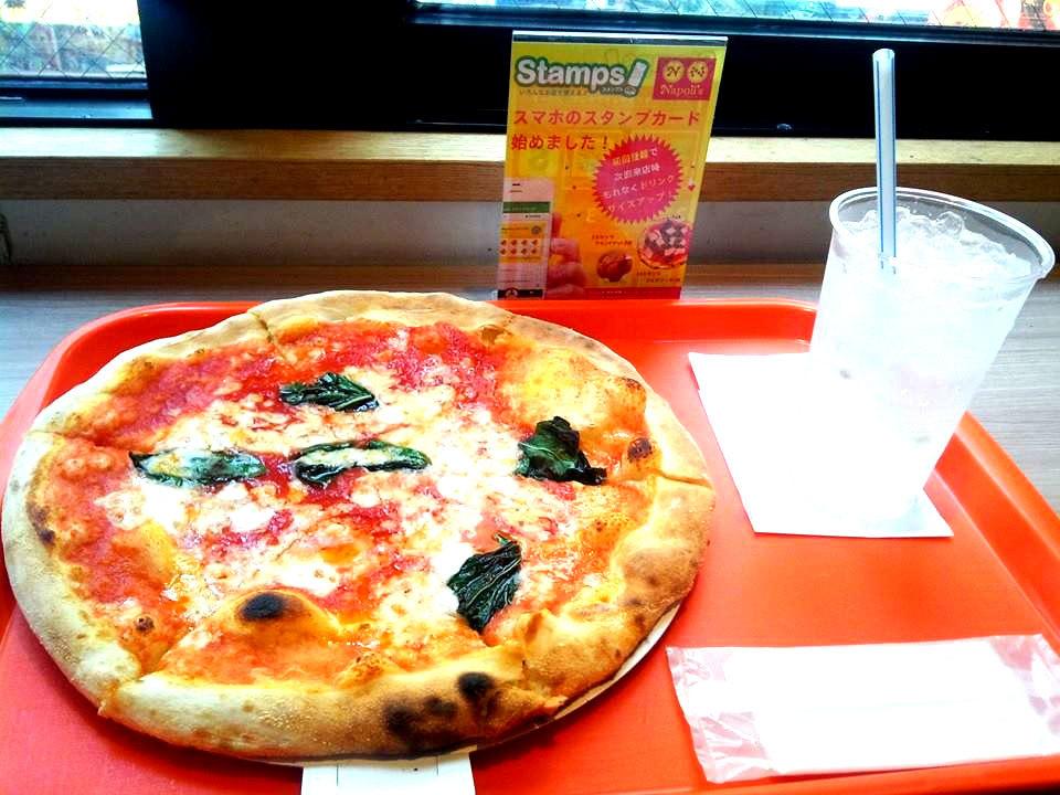 Napoli's PIZZA & CAFFE ナポリス 店内