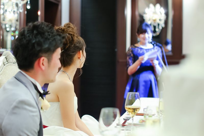 1190f0e1c5466 さらに、会場は冷房が効きすぎている場合があるのでボレロやストールなどの羽織ものは持っておくと便利ですよ♪ 夏はブルー系のドレスが爽やかでオススメです!