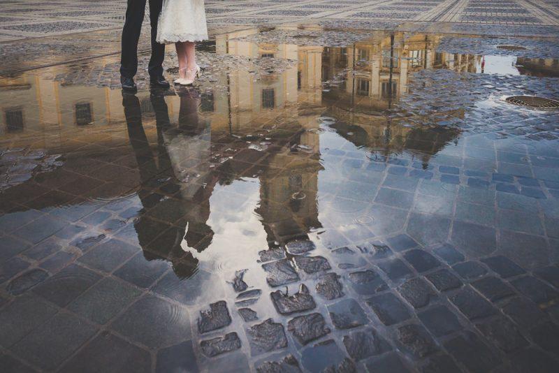 結婚式 雨 靴