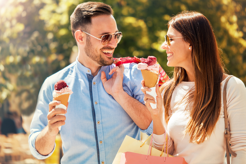 美味い&町の雰囲気良し!関東の人気食べ歩きスポット9選