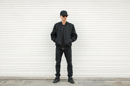 黒スニーカー特集│メンズファッション秋冬