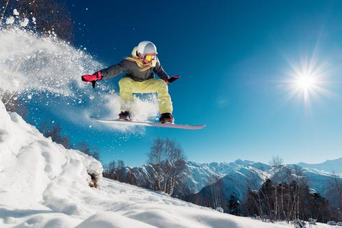 今コレ│自分に合うスノーボード板の選び方&有名ボードブランド3選