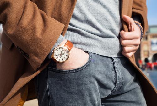 シンプルなデザインで差をつける大人カジュアルな腕時計ブランド