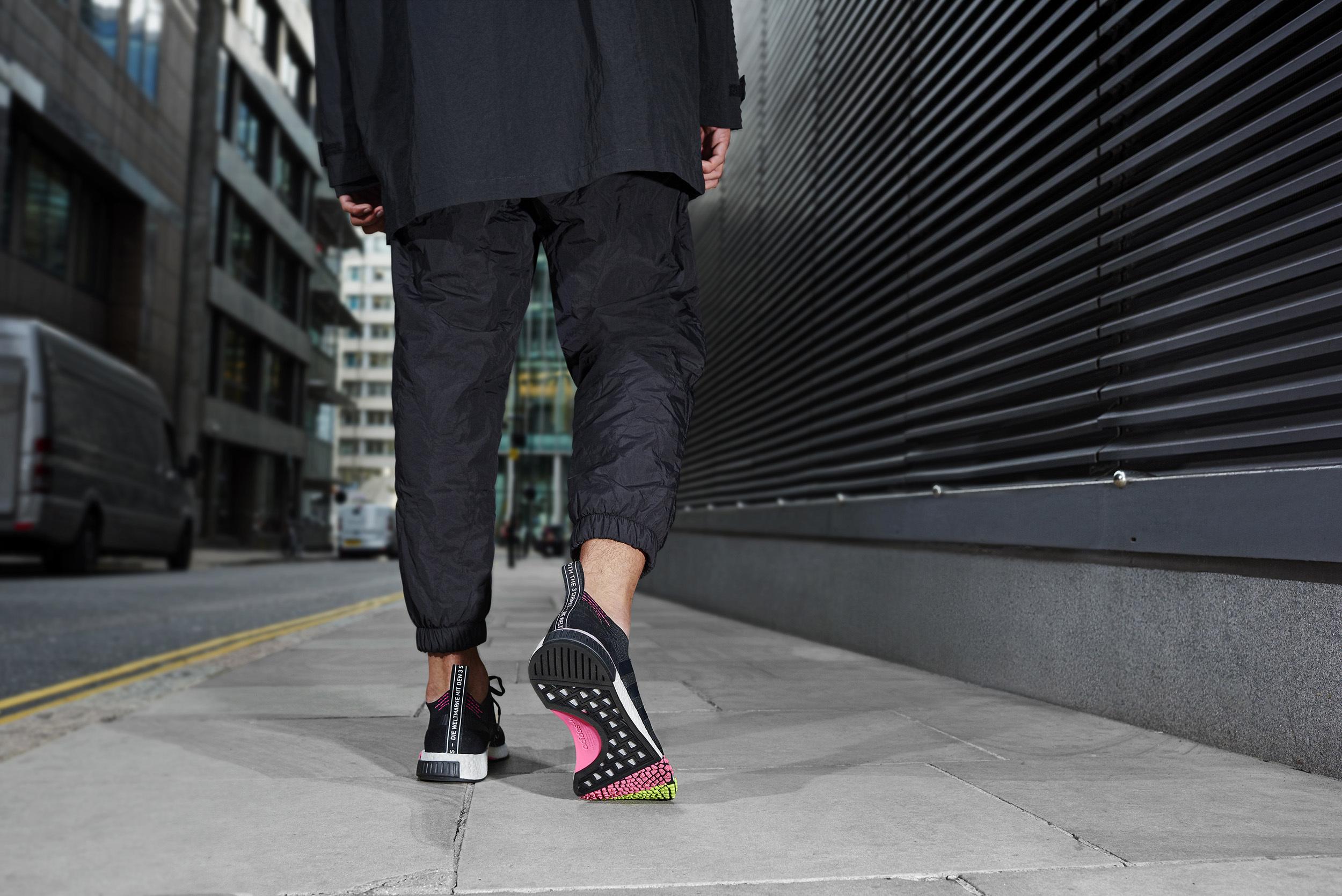 adidas Originalsより新たなシルエット「NMD_RACER」が登場