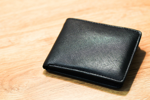 ハイブランドに飽きてしまった方必見!味のある国内産の財布をご紹介