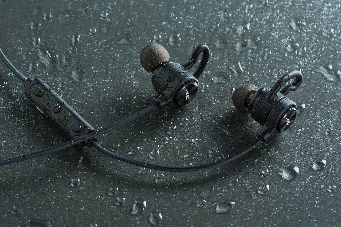 水洗いもできるIPX7対応の防水Bluetoothイヤホン1/24発売!
