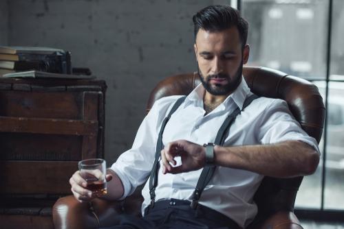 ハイセンスなコーデに仕上げるおしゃれなメンズ腕時計20選