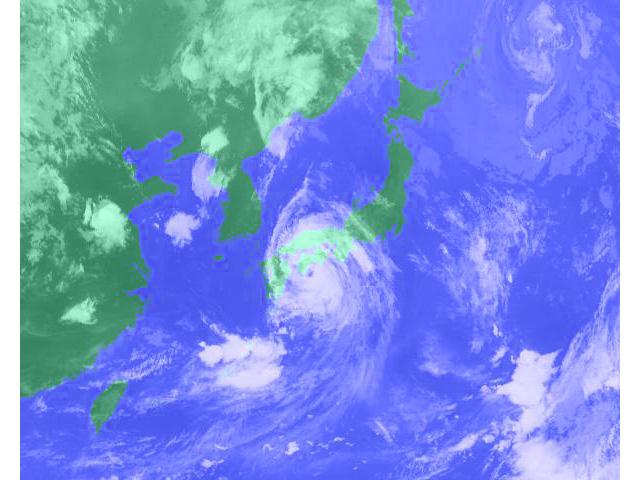 台風の時期はいつ?発生数や上陸数