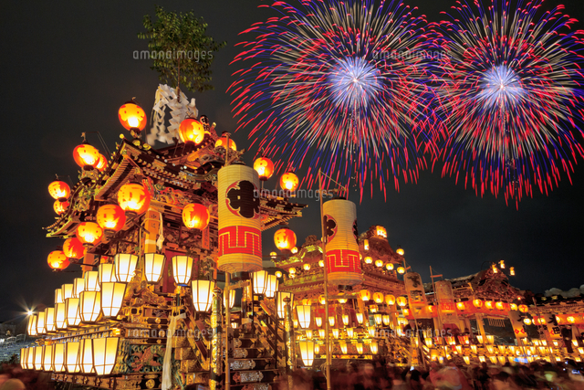 秩父夜祭山車と花火(合成)[00545...